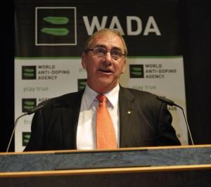 John Fahey, presidente de la WADA